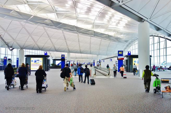 hong-kong-airport-terminal
