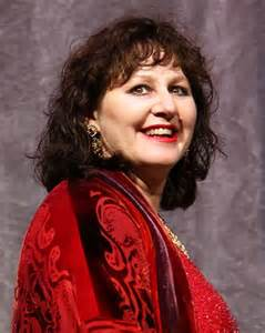 000. producer Leslee Udwin