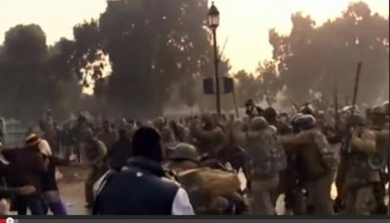 Police beating up demonstrators